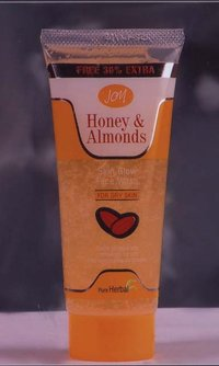 Joy Honey & Almond Skin Glow Face Wash