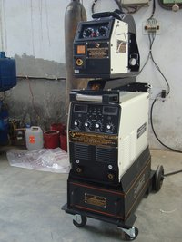 MIG-MAG WELDING MACHINE