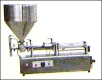 HORIZONTAL TYPE LIQUID FILLER