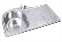 SINGLE BOWL WITH DRAIN BOARD KITCHEN SINK