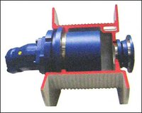 PLANETARY WINCH DRIVE WITH HYDRAULIC BRAKE