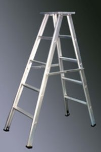 Self Supporting Folding Aluminum Ladder
