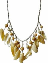 SHELL BONE & BEADED NECKLACE