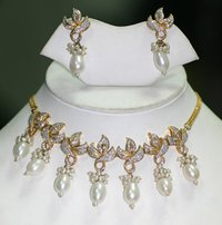 Diamonds Necklace Set