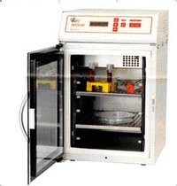 CO2 Incubator
