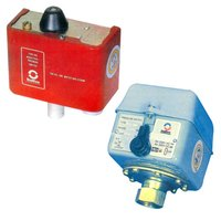 Pressure/Temperature Switches & Thermostats