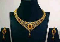 Antique Design Gold Necklace Set