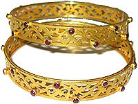 Yellow Gold Ladies Bangles