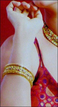 Traditional Ladies Gold Bangles