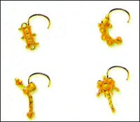 Ladies Gold Plain Nose Pins