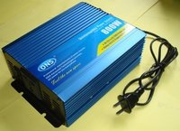 Power Inverter With Charger 800W