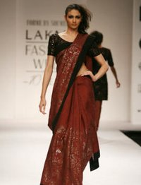Handloom Silk Saree With Embroidery