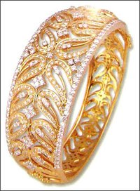 Diamond Studded Bangle