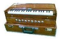 Portable Scale Changing Harmonium