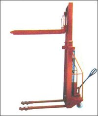 Hydraulic Manual Stacker With Hand Pump