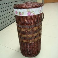 Willow / Straw Laundry Basket