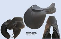 Jumping Saddle With Adjustable Gullet