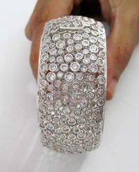 Diamond Kada