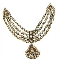 Antique Look Diamond Necklace
