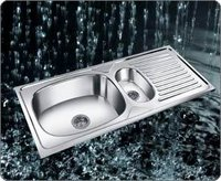 S.S. Single Bowl Sink With Drainboard
