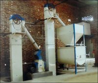 Semi Automatic Cattle And Poultry Feed Plant
