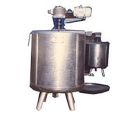 S. S. Liquid Mixing Vessel With Stirrer