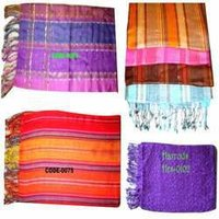 Fashion Scarves, Woolen Scarves & Stoles