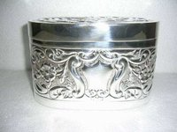 Box Oval Embossed