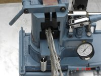 Hydraulic Compressor Machine 100 Ton Capacity