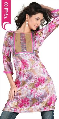 Ladies Fashionable Kurta
