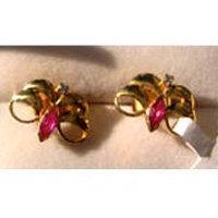 Ruby And Diamond Studded Gold Earring