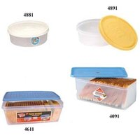 Round And Rectangular Food Saver Containers