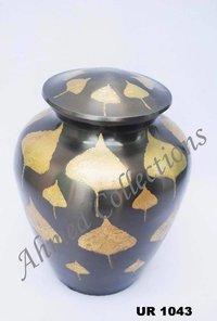 Brass Urn-UR 1043