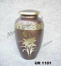 Brass Urn - UR 1101