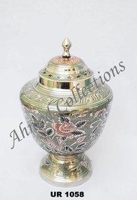 Brass Urn - UR 1058