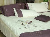 Plain Pattern Bedding Sets