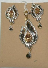 Ladies Stone Studded Pendant Sets
