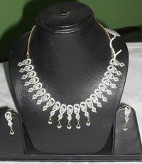 Ladies Necklace Sets