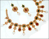 Ruby And Emerald Necklace Set