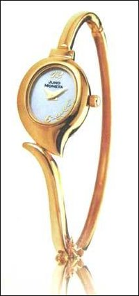 Antique Design Gold Watch