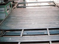 Industrial Slat Chain Conveyors