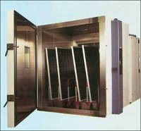 Photovoltaic Environmental Chamber