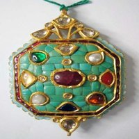 Kundan Fashionable Pendants