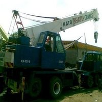 Telescopic Boom Truck Mounted Cranes (KATO NK 300)