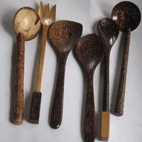 Wood Hand Made Fox And Spoons Set