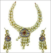 Metal Kundan Jewellery