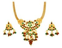 Traditional Ladies Necklace Set
