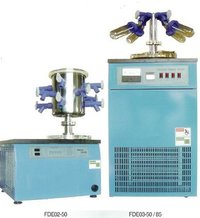 Laboratory Scale Freeze Dryer