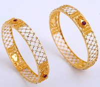 Designer Studded Gold Earring