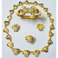 Gold Imitation Necklace Set